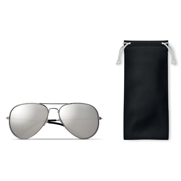 Солнцезащитные очки в чехле из, черный